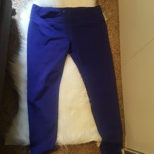 Like New Athleta Leggings with Back Pocket